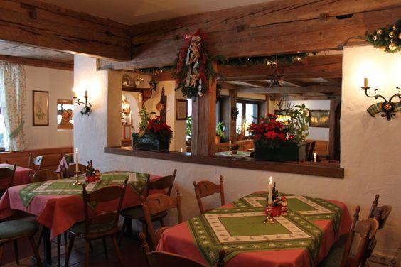 Im Gasthof Goldenes Kreuz in Oberstaufen-Steibis werden Sie mit regionaler Küche, Allgäuer Spezialitäten und Wildgerichten aus der heimischen Jagd in bester Qualität verwöhnt. Der ideale Ort für alle Festlichkeiten.