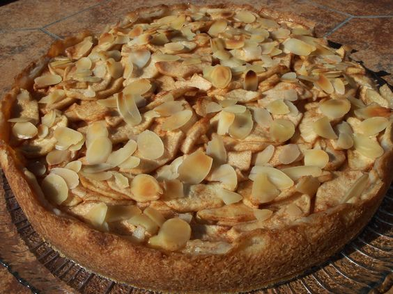 almonds apple cheesecake cream cheese filling apple cinnamon apples ...