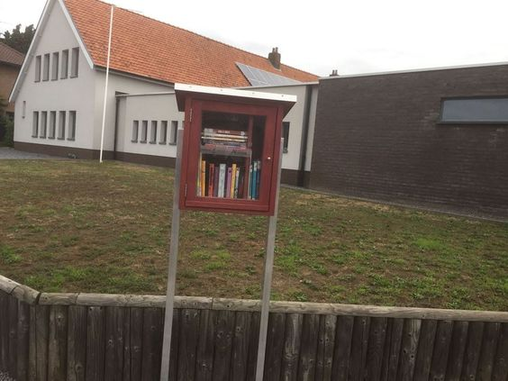 Mini-Bibliotheek Lananaken 4