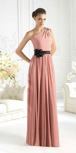 Vestido largo rosa con lazo negro. Boda. St. Patrick