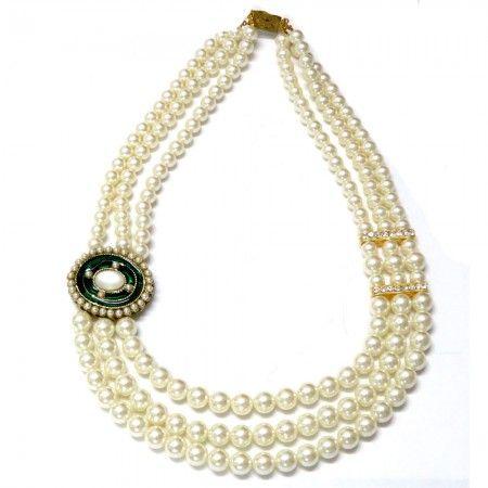 Classic Side Pendant Necklace | Aniika