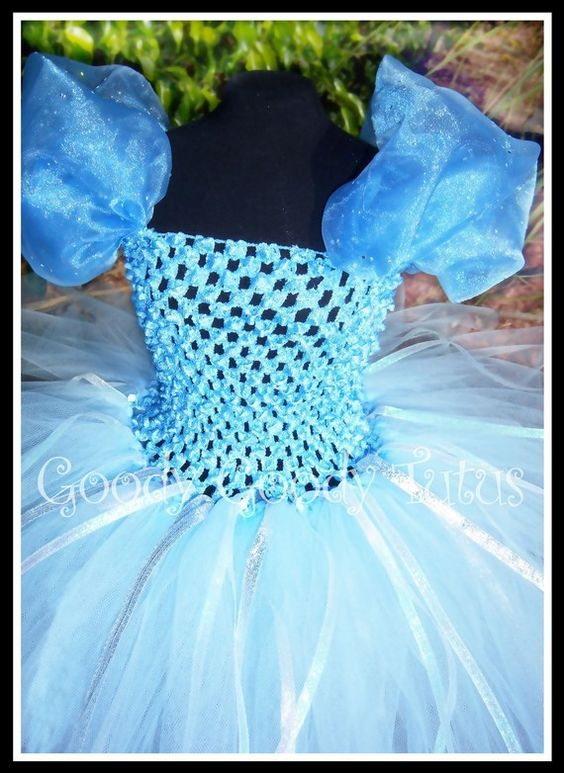 THE GLASS SLIPPER Cinderella Inspired Tutu... This is what I want to make for Natalie before Disneyworld!!!