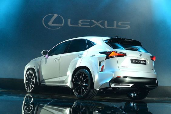 09/2014 Lexus NX