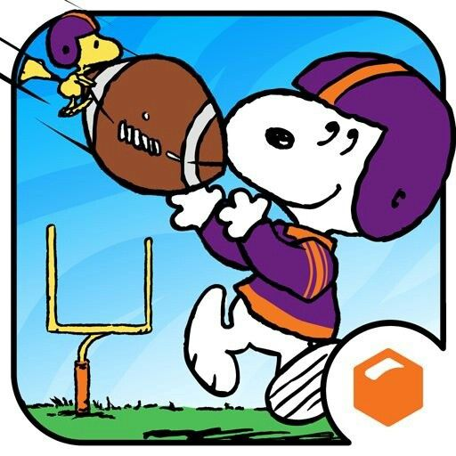 Image - Snoopy and Woodstock play to play American Football.jpg ...