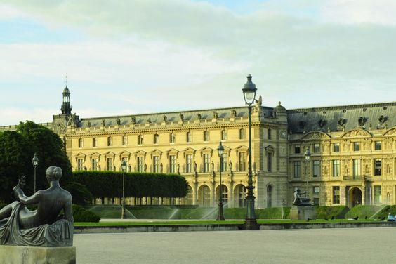 Palais du Louvre © Claudia Gherman   French Renaissance architecture #Paris