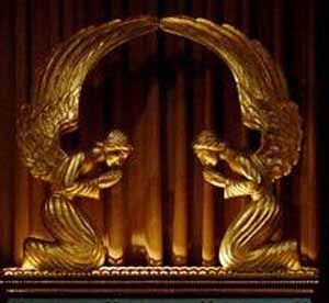 Depiction -- top of the Ark of the Covenant -- angels with wings touching: Angels Where, Angels Among Us, Angels Cherubim, Angels 2, Ark Ideas, Covenant Angels, Angels Winged, Beautiful Israel, Angel Statues