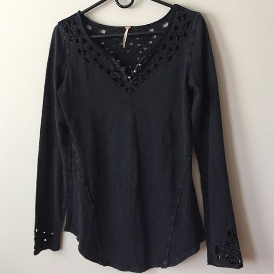 "Free People Top NWOT This top is gorgeous! Distressed black, ""lace"" trim all around collar/back/sleeves, and scalloped hem (longer in front and back, shorter on sides). Size small fits 2-4, or size 6 with thin arms. NEVER WORN! Non-smoker. 🚫trades. Free People Tops Tees - Long Sleeve"