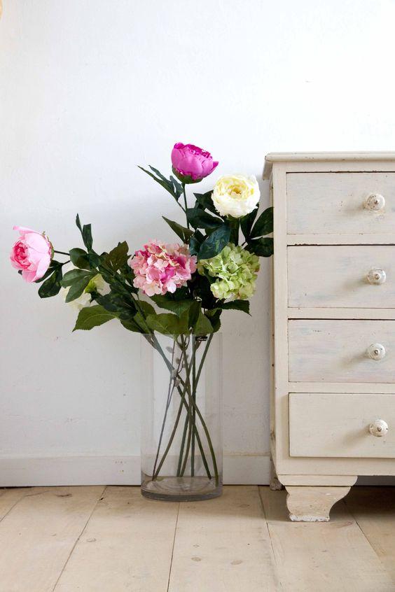 Un rinc n con flores para todo el a o jarrones de cristal - Decoracion de jarrones con flores artificiales ...