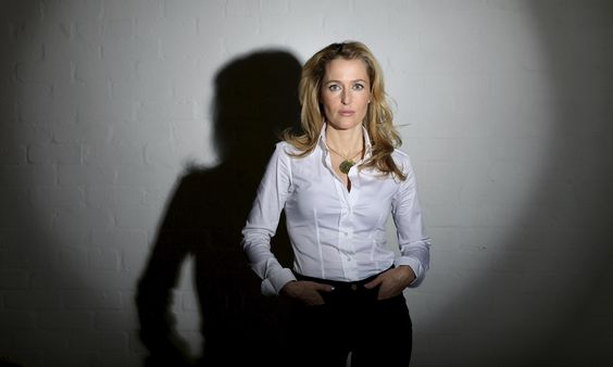 X-Files star Gillian Anderson to write science fiction novels: