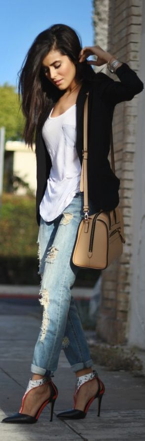 #fashion, Dressing Simple But Making A Statement by SpazMag, #streetstyle  #streetfashion, #chic, #jeans: