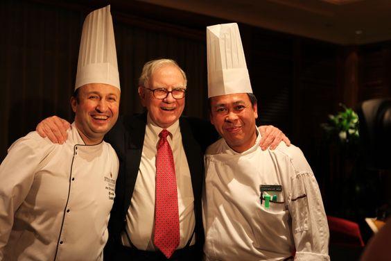 Birol Dincli with Warren Buffet