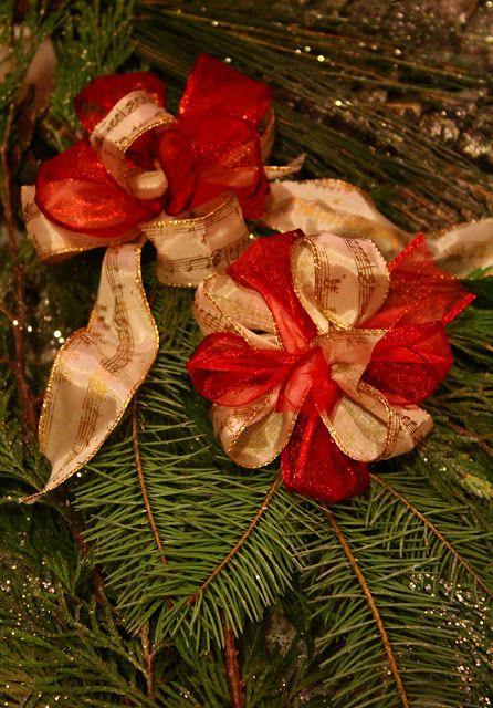 diy fancy christmas bows