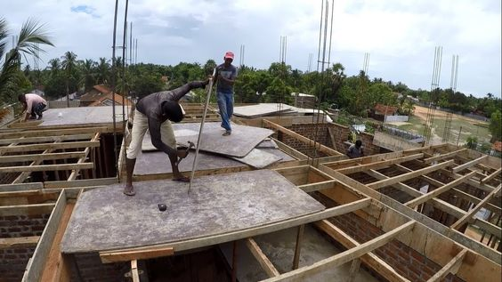 Installation Wood Formwork For Concrete Slabs And Beams Of Roofing Const Roof Construction Roof Waterproofing Roof Cost