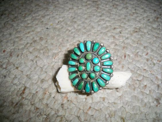 Vintage Silver Native American Indian Zuni Petite Cluster Turquoise Ring Yuselew