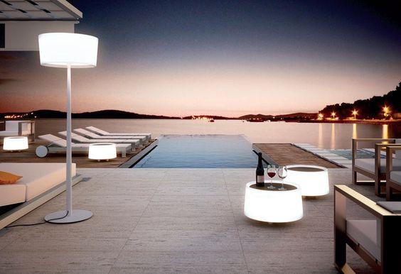 庭園用コーヒーテーブル / スタンドライト DOT M-2907X Dot コレクション by Estiluz | デザイン: SerraydelaRocha