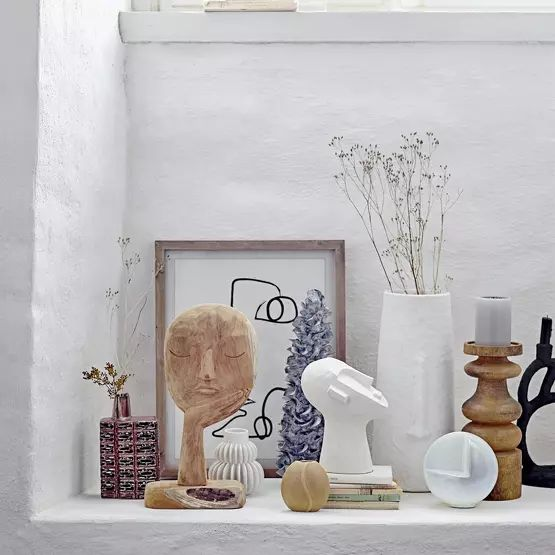 Une déco douce avec des sculptures de visages modernes
