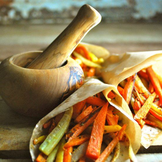 Crispy Moroccan Carrot and Sweet Potato Fries please kids, vegans, and paleo followers alike.