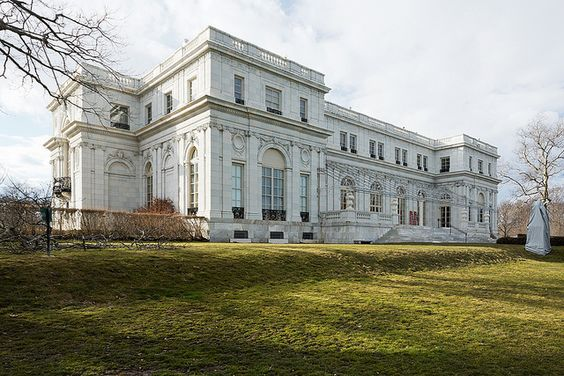 Rosecliff Designed By Stanford White Of Mckim Mead And