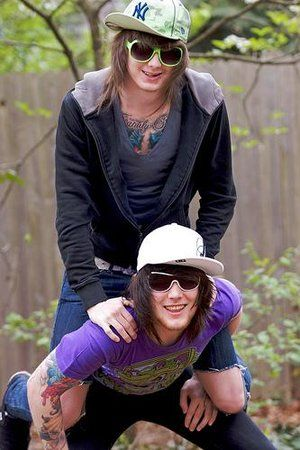 Brusnop. I love it so much. <3 *Asking Alexandria; Ben Bruce and Danny Worsnop.*