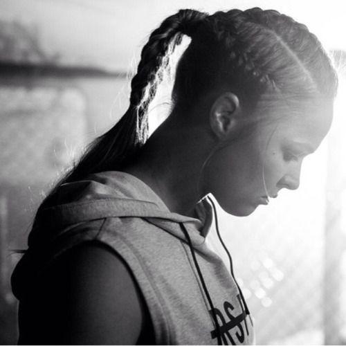 Ronda Rousey Web: