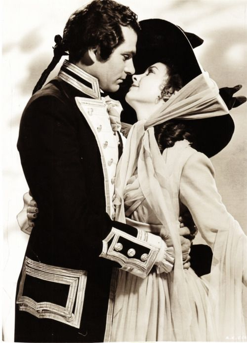 "Laurence Olivier & Vivien Leigh, a still from ""That Hamilton Woman"". sigh.....:"