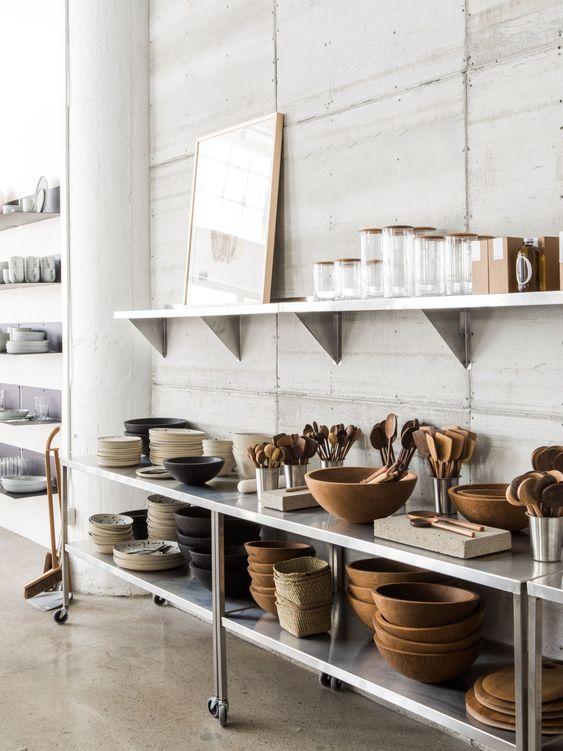 ステンレス キッチン 食器棚 イメージ コーディネート