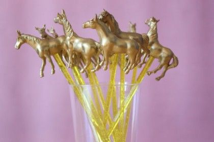 How cute are these horse drink stirrers? Perfect for the Kentucky Derby :-)