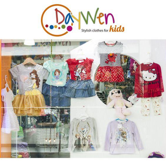 Para los que creían que la moda no es para los mas pequeños Daywen nos muestra todo lo contrario, con un amplia selección de las mejores marca infantiles como Tommy, Guess y fox que acompañadas con prendas de diseños propios muestran una propuesta divertida y original.