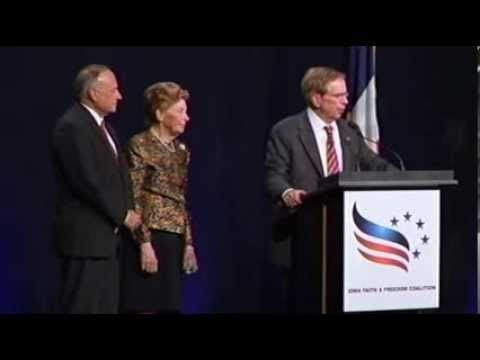 ▶ • Phyllis Schlafly • Iowa Faith & Freedom Coaliton • 11/09/13 • - YouTube