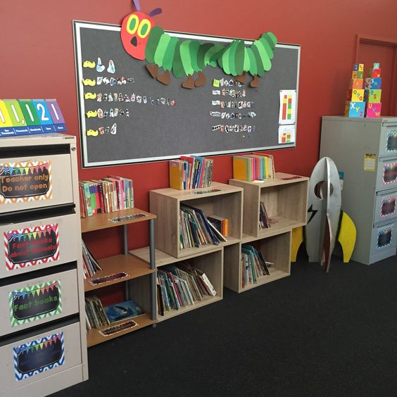 Classroom library set up