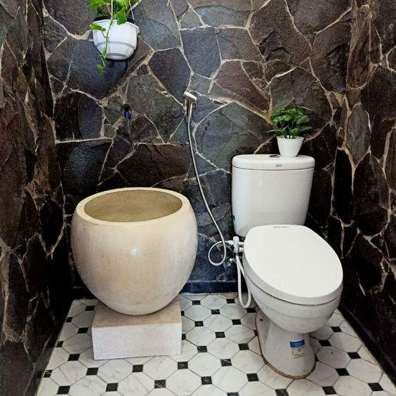Bak mandi unik tipe bakul nusantara