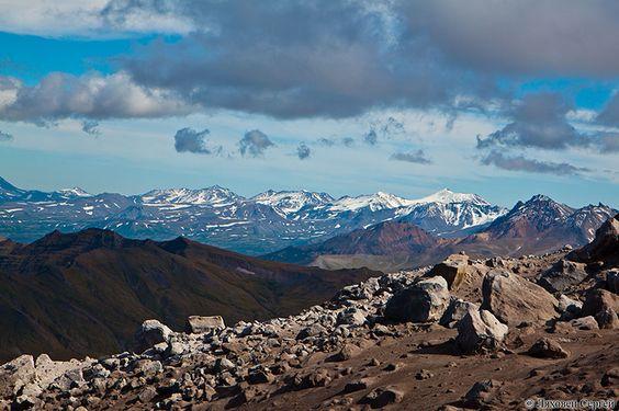 Гамченский хребет покрыт снегом