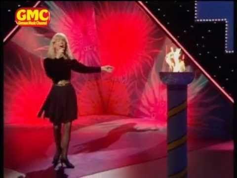 Lena Valaitis - Wir seh'n uns wieder - YouTube