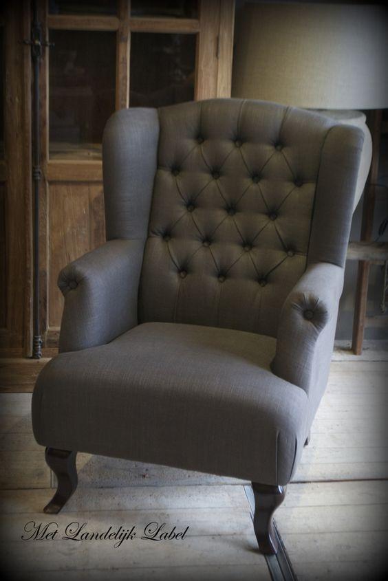 Mooie fauteuil met een gecapitonneerde rug www metlandelijklabel nl fauteuils en hockers met - Mooie fauteuil ...