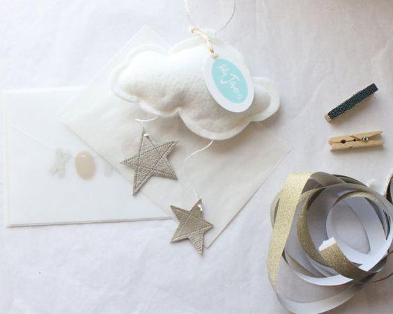 Mini Star Silver Cloud  décor de pépinière de par BabyJivesCo, $20.00