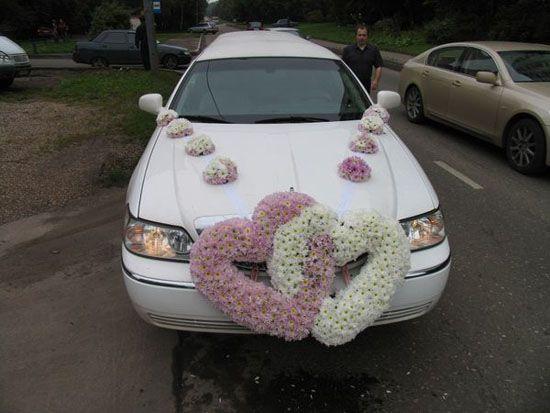 Elegant Ideas For Wedding Car Decorations