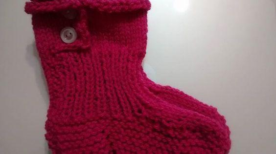 Meia em tricô, aceito encomendas inesmoreira60@hotmail.com vendido