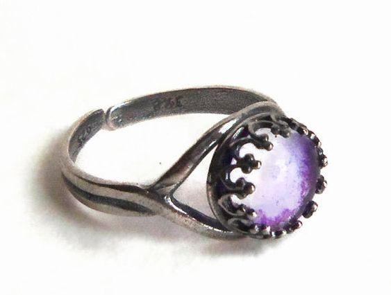 Moonstone resplandor de plata de 8mm en el anillo por esanany