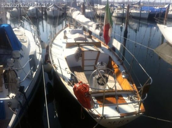 Sloop-cutter Morri - Bellissima #barca vela sloop-cutter in #legno #mogano kaya+epoxi #cantiere Morri&Para 1995,una #traversata #atlantica,refitting 2011,1 cabina , 5 posti letto,#cucina -forno,carteggio basculante,frigo,stereo,due tangoni,drifter,spi -calza,2 yankee,1 trinchetta ,#randa full batten carrelli sfere,#Lazybag,#motore buhk 24cv rev 2011,#elica tripla orientabile,#timone ruota ,#autopilota,albero Velscaf,cartografico Geonav 2011. - #Annunci #nautici #gratuiti ilnavigatore.net