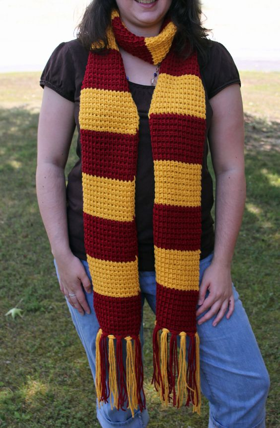 Complementos Crochet, Ganchillo, Disfraces, Turbantes, Ropa, Bufandas, Harry Potter Mania, Bufanda De Gryffindor, Harry Potter Cosas