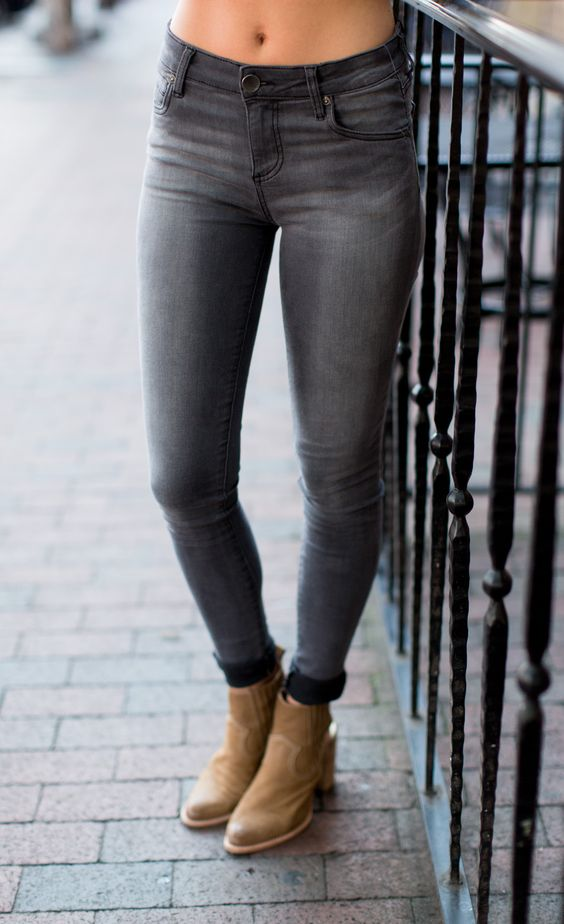 Kut from the Kloth Mia Toothpick Skinny Jeans - Blessing from Cheeky Peach…