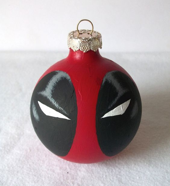 Geek Art Gallery: Crafts: Superhero X-Mas Ornaments: