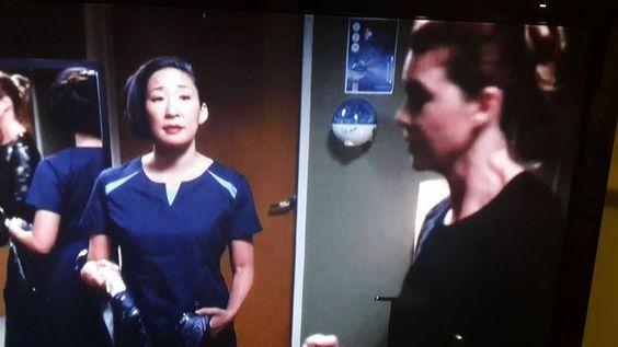 So good to find touchland at the last season of the TV Show Grey's Anatomy!!  ---  Qué bien ver touchland en la última temporada serie de Anatomía de Grey!!  #productplacement #awesome #cleanhands #smarthealth #smartcare