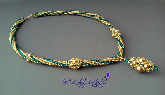 The beading butterfly  Amazing necklace.