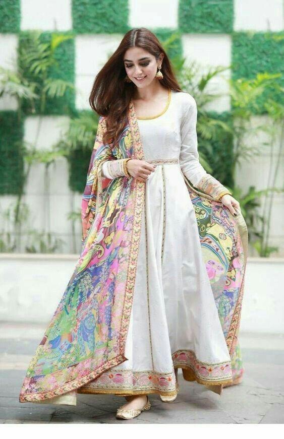 Maya Ali Wearing Beautiful Dress Designer Dresses Indian Pakistani Dress Design Indian Designer Outfits