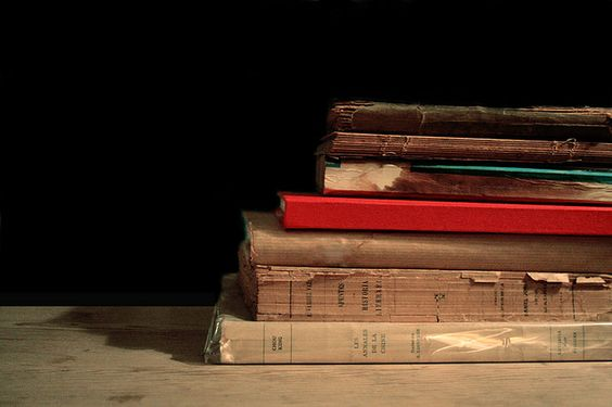 books by Helena de la Guardia.