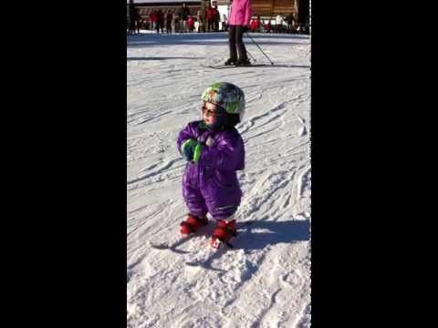 Snowboarding Baby One Year Old Learns To Ride Youtube Baby Skiing Skiing Snowboarding