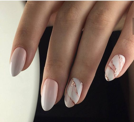 Are You Looking For Short And Long Almond Shape Acrylic Nail