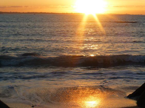 Photo : Coucher du soleil,  Mers et plages, Couchers de soleil, Kerlouan. Toutes les photos de Malou TROEL sur L'Internaute