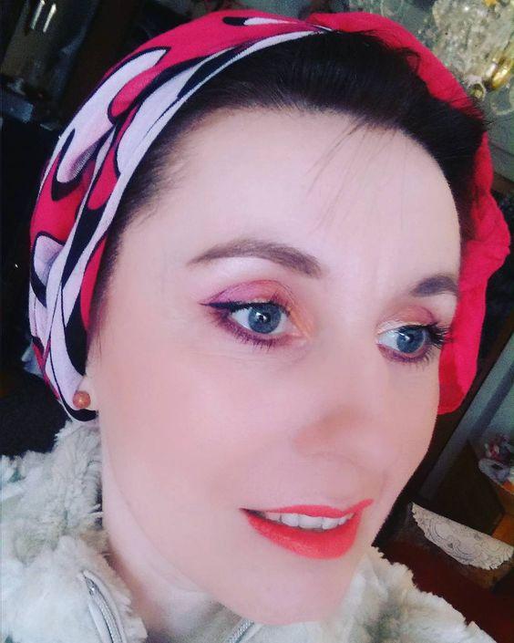 http://www.youtube.com/channel/UCqEqHuax3qm6eGA6K06_MmQ?sub_confirmation=1 Ještě jedna. #makeup #licenie #liceni #dnesniliceni #makeup #esteelauder #doublewear #esteelaudercz #lipstick #avon #eyeshadow #pallete #marionnaud #mujstyl #mystyle #ootd #motdcosmetics #motd #lovemakeup #styl #style #kosmetika by prvniznamkyjara2